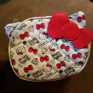Hello kitty cosmetic bag cupcake heart hi